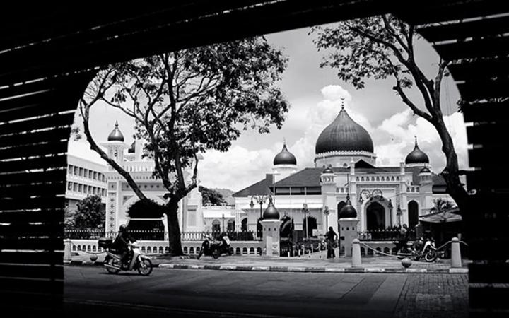 Adab Masuk Masjid (Bag.2 – Selesai)