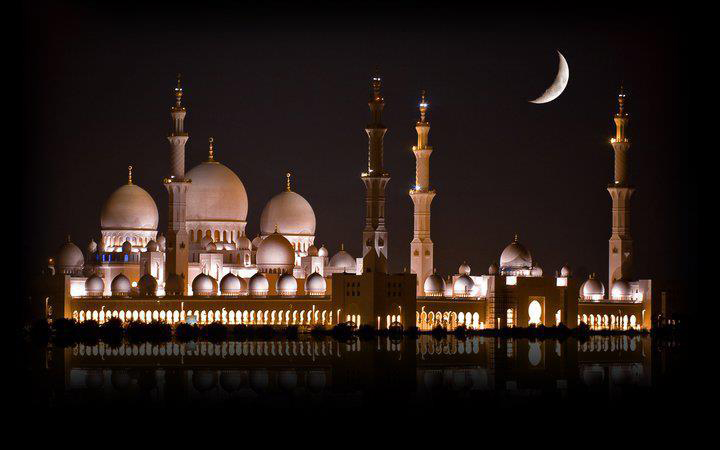 Adab Masuk Masjid (Bag. 1)