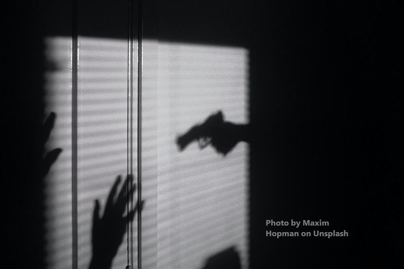 Serial Kutipan Hadits: Larangan Mengacungkan Senjata kepada Kaum Muslimin
